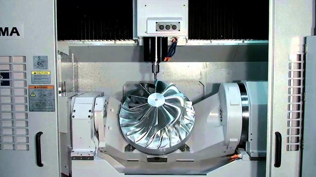 пятикоординатный фрезерный станок с чпу