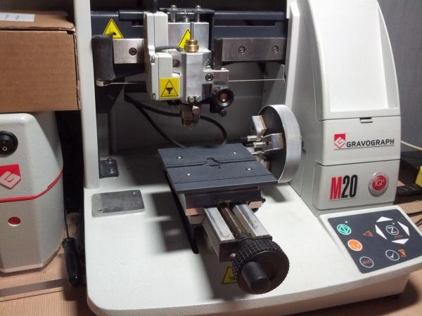 станок Gravograph M20 Jewel IQ