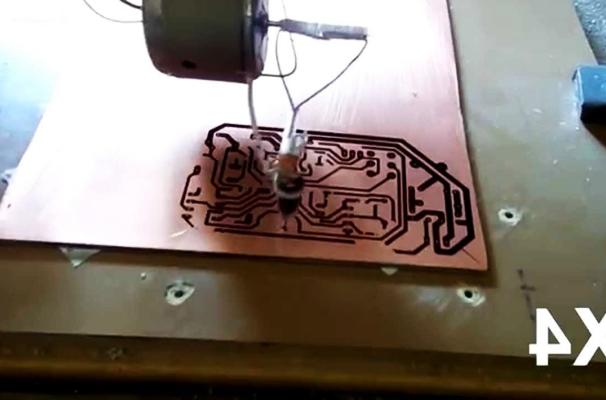 процесс фрезеровки печатной платы на чпу станке