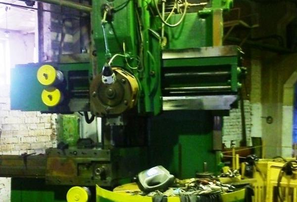 рабочий станок 1512