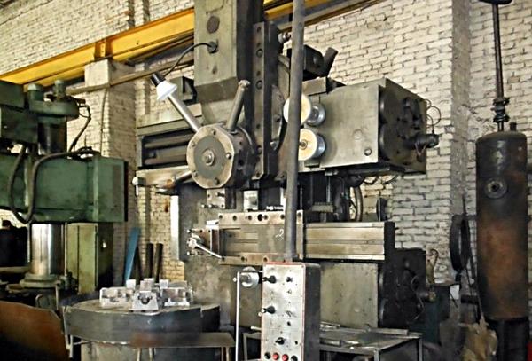 токарно-карусельный станок 1512 на заводе