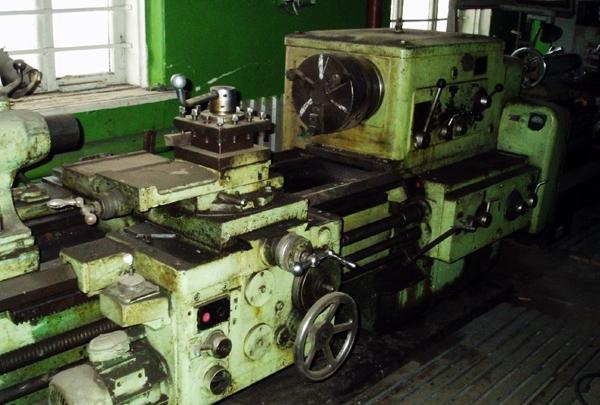 токарный станок 163 на заводе