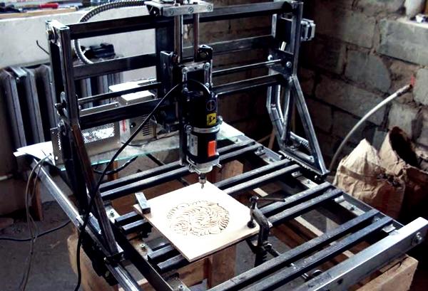 процесс обработки дерева на фрезерном чпу станке