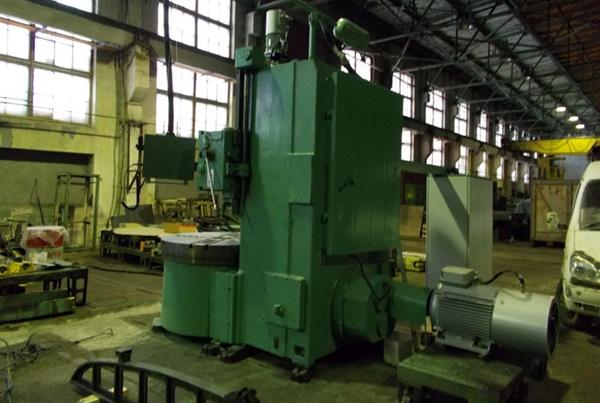 станок 1516 на заводе