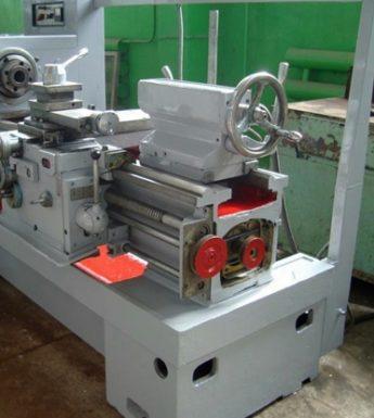 токарный станок 1к62д на заводе