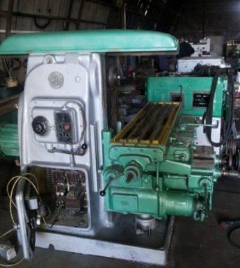 общий вид фрезерного станка 6М82
