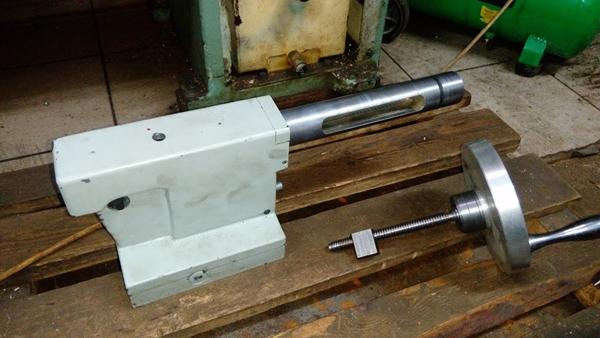 Пиноль для токарного станка по металлу